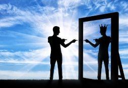 آشنایی با اختلال شخصیت خودشیفته، علائم و نشانهها